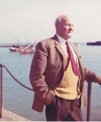 Edward Lindsey Emptage circa 1962.jpeg