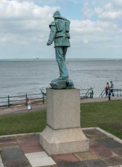 Margate statue cropped