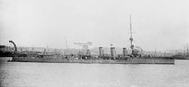 1915-18 HMS_Cleopatra cropped