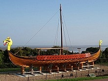 Viking_Longboat_Hugin_Ramsgate_-_geograph.org_.uk_-_653079